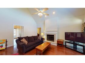 121 Alpine Dr., Clinton, TN  37716 $411,900 featured photo 5