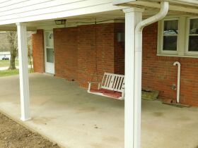 BARREN COUNTY BRICK HOME AND BUILDING SITE SELLING IN TWO TRACTS featured photo 4