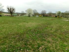 BARREN COUNTY BRICK HOME AND BUILDING SITE SELLING IN TWO TRACTS featured photo 7