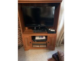 Furniture, Glassware, Home Furnishings, Tools and Personal Property at Absolute Online Auction featured photo 10