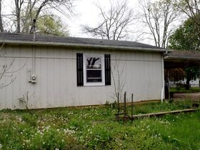 4 BR, 2 BA Home with Detached 2-Car Carport & Garage - Close to Retail, Shopping, Schools & Park - AUCTION May 15th featured photo 7