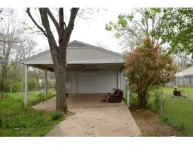 4 BR, 2 BA Home with Detached 2-Car Carport & Garage - Close to Retail, Shopping, Schools & Park - AUCTION May 15th featured photo 6