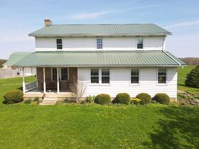 Home, Outbuildings – 2.405 Acres - Wayne County featured photo 2