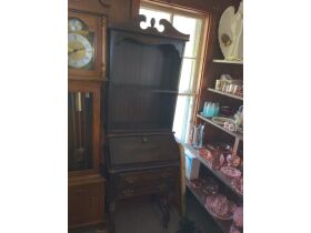 Furniture, Vintage Glassware, Prints & Personal Property at Absolute Online Auction featured photo 3