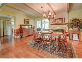 3 Bed | 3 Bath | Pool  RESERVE MET SELLING TO HIGHEST BIDDER featured photo 9