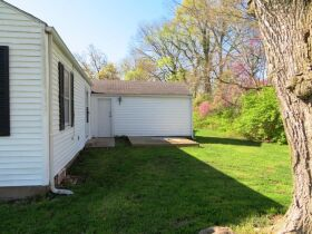 Affordable Home Near W. Blvd, Sells To High Bidder - 607 Ridgeway Ave., Columbia, MO featured photo 5