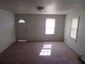 Affordable Home Near W. Blvd, Sells To High Bidder - 607 Ridgeway Ave., Columbia, MO featured photo 6