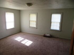 Affordable Home Near W. Blvd, Sells To High Bidder - 607 Ridgeway Ave., Columbia, MO featured photo 8