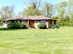 Well Maintained Duplex in Bellwood Subdivision - 2 Bedroom, 1 Bath on Each Side - Auction May 18th featured photo 2