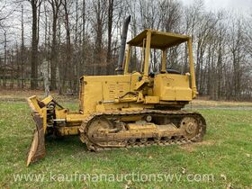 Komatsu D31P-17 Dozer featured photo 1