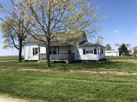 202 W. South 4th Street, Oconee IL featured photo 2