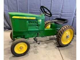 Ruegsegger Estate & Dobson Collection Farm Toy Auction featured photo 2