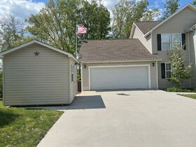 AUCTION featuring 3 BR, 2.5 BA Home with Bonus Room, Office, Basement and Additional Unimproved Lot Selling As a Whole featured photo 5