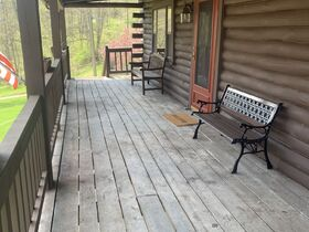 Secluded Getaway in Northern Guernsey Co. featured photo 4