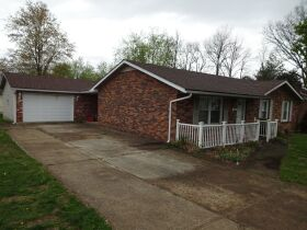 BRICK RANCH STYLE HOME - Online Bidding Only Ends TUE, JUNE 29 @ 4:00 PM EDT featured photo 6