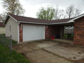 BRICK RANCH STYLE HOME - Online Bidding Only Ends TUE, JUNE 29 @ 4:00 PM EDT featured photo 7