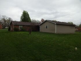 BRICK RANCH STYLE HOME - Online Bidding Only Ends TUE, JUNE 29 @ 4:00 PM EDT featured photo 9