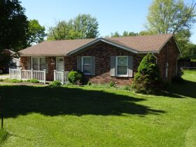 BRICK RANCH STYLE HOME - Online Bidding Only Ends TUE, JUNE 29 @ 4:00 PM EDT featured photo 1