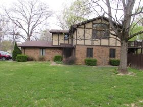 7775 N White Oak Acres Brazil, IN 47834 featured photo 1