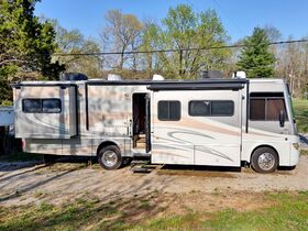 Recreational Vehicles Online Only Auction featured photo 3