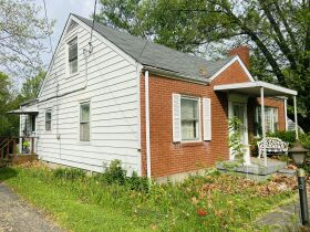 Alma Kuhn Real Estate ONLINE Auction - 4802 Westside Dr, Louisville KY 40219 featured photo 4