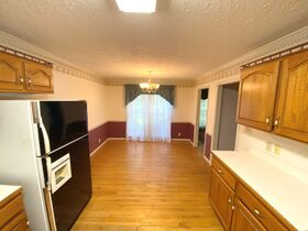 4 BR, 3 BA Home with Sunroom and Office in Haynes Haven Subdivision - Auction June 10th featured photo 10