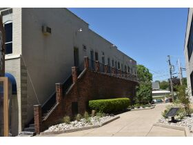 Commercial Property Office Space in Downtown Somerset, Ky at Absolute Online Auction featured photo 6