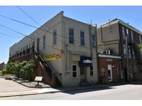 Commercial Property Office Space in Downtown Somerset, Ky at Absolute Online Auction featured photo 9