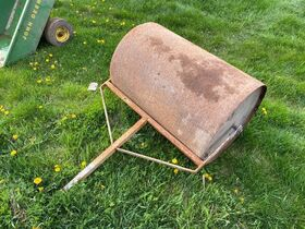 Van Merchant Estate - Tools, Parts and Implements featured photo 12