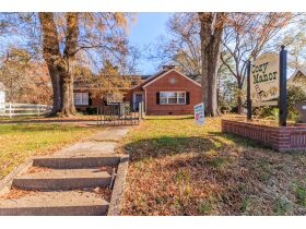 Large Home and Personal Property * LaFayette GA. - Online Only Auction featured photo 1