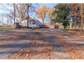 Large Home and Personal Property * LaFayette GA. - Online Only Auction featured photo 4