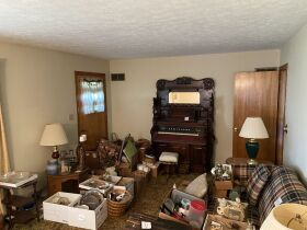 BRICK RANCH HOME ON LARGE LOT IDA HUTCHISON ESTATE WADDY, KY featured photo 6