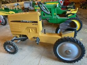 Van Merchant Personal Property and Farm Toys featured photo 11