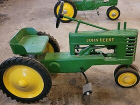 Van Merchant Personal Property and Farm Toys featured photo 4