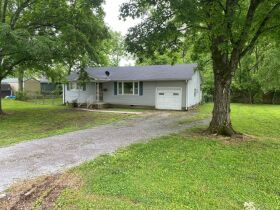 Handyman Special - 2 Bedroom, 1 Bath Home in Downtown Smyrna - Auction June 17th featured photo 2