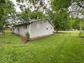 Handyman Special - 2 Bedroom, 1 Bath Home in Downtown Smyrna - Auction June 17th featured photo 5