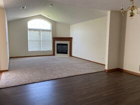 *Absolute Auction* 2/Bedroom Condo in Kidron featured photo 8