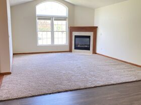 *Absolute Auction* 2/Bedroom Condo in Kidron featured photo 9