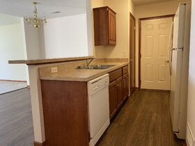 *Absolute Auction* 2/Bedroom Condo in Kidron featured photo 10