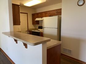 *Absolute Auction* 2/Bedroom Condo in Kidron featured photo 12