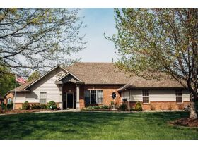 Beautifully Designed Home In Thornbrook Subdivision, 4701 Garden Brook Ct., Columbia, MO 65203 featured photo 3