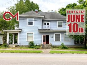 SELLING ABSOLUTE! Handyman Special 8-Unit Apartment Complex - Walk to MTSU and the Square! Auction June 10th featured photo 1