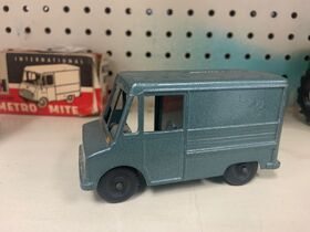 Faeth IH Scout and Truck Toy Collection featured photo 8