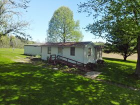 22 Prime East Holmes Acres In Benton featured photo 1