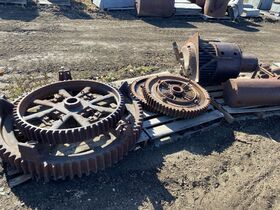Tysse Early Tractor and Auto Parts Collection featured photo 10