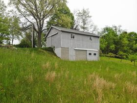 Ranch home in an exceptional setting located within minutes of Millersburg featured photo 9