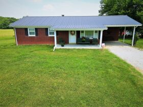 House, Garage, Barn and 46+/- Acres; Farm Equipment & Personal Property at Absolute Multi-Par Auction featured photo 4
