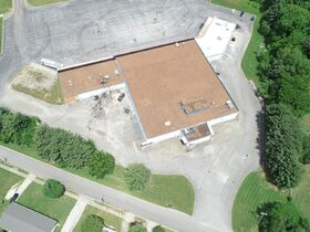 Commercial Building on 7.97+/- Acres - Located Right Off the Square in Winchester, TN - Online Auction ends July 8th featured photo 7