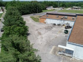 Commercial Building on 7.97+/- Acres - Located Right Off the Square in Winchester, TN - Online Auction ends July 8th featured photo 9