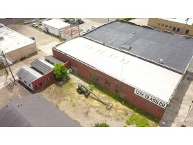 7100 +/- sq. ft Office/Warehouse in Clarksdale, MS featured photo 9
